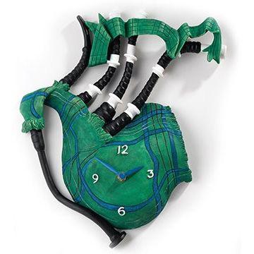 Часы Зелёная волынка 30см