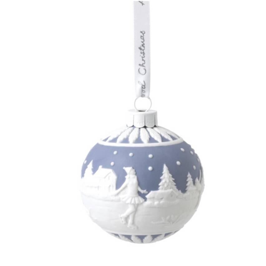 Украшение новогоднее - шар Wedgwood Рождество Катание на коньках 9х13,5 см